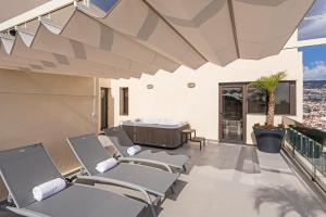 Maravilhas I by Travel to Madeira, Apartments  Funchal - big - 15