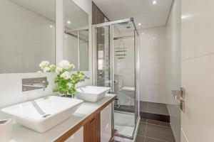 Maravilhas I by Travel to Madeira, Apartments  Funchal - big - 11
