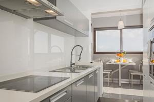 Maravilhas I by Travel to Madeira, Apartments  Funchal - big - 18