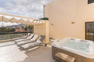 Maravilhas I by Travel to Madeira, Apartments  Funchal - big - 21