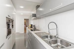 Maravilhas I by Travel to Madeira, Apartments  Funchal - big - 38