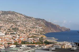 Maravilhas I by Travel to Madeira, Apartments  Funchal - big - 43