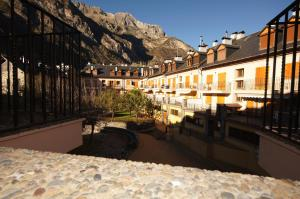 Ribagorza cincuenta y ocho, Apartments  Benasque - big - 16
