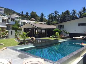Sumalee villa pool villa