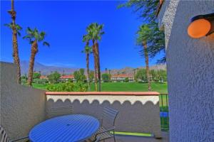55421 Winged Foot, Holiday homes  La Quinta - big - 7