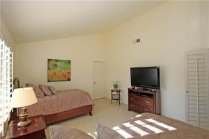 55-120 Riviera, Holiday homes  La Quinta - big - 14