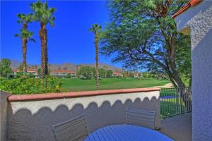 55421 Winged Foot, Holiday homes  La Quinta - big - 22