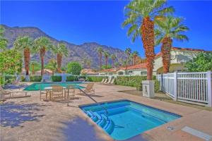 55-120 Riviera, Holiday homes  La Quinta - big - 13