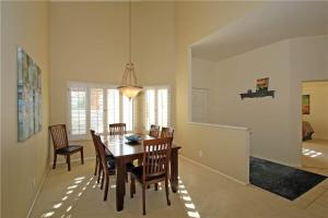 55-120 Riviera, Holiday homes  La Quinta - big - 4