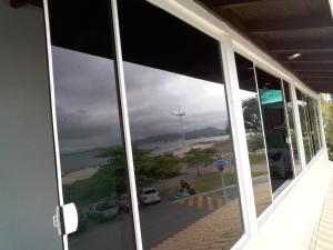 Apto Frente Mar Ponta das Canas, Ferienwohnungen  Florianópolis - big - 2