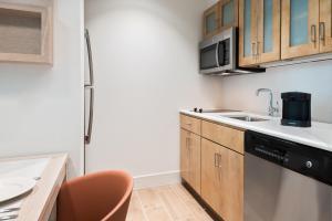 Homewood Suites by Hilton Sarasota-Lakewood Ranch, Szállodák  Sarasota - big - 11
