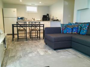 2 Bedroom House in Brighton, Apartmány  Boston - big - 7