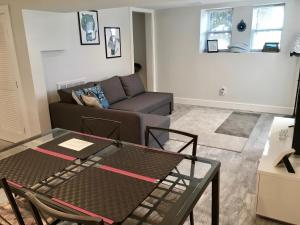 2 Bedroom House in Brighton, Apartmány  Boston - big - 8
