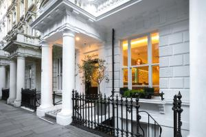 J Hotel London