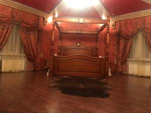 Apartment on Prospekt Shakhtorov 13