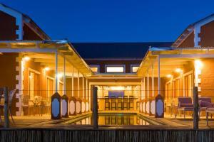 Виндхук - River Crossing Lodge