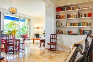 Superbe appartement villa Nice / Villefranche, Апартаменты  Ницца - big - 21
