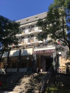 Prenota Hotel Salus