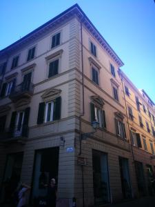 Piazza Napoleone Apartment.