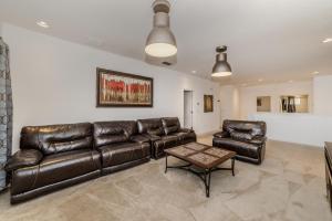 Acorn Court 4360, Villas  Davenport - big - 24