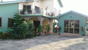 Royal George Guest House, Affittacamere  Gbawe - big - 7