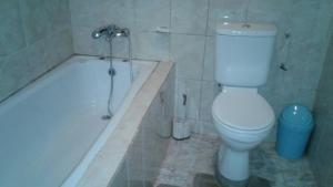 Royal George Guest House, Affittacamere  Gbawe - big - 5