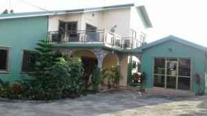 Royal George Guest House, Affittacamere  Gbawe - big - 4