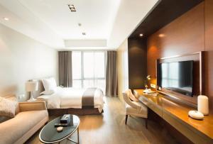 Mengwan Harbor Apartment, Apartmanok  Csingtao - big - 2
