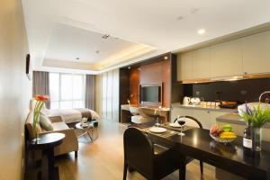 Mengwan Harbor Apartment, Apartmanok  Csingtao - big - 9