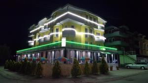 Hotel Arberi