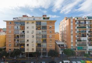 SunHome Carlos Haya Malaga, Apartmanok  Málaga - big - 13