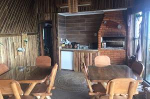 Casa à Beira Mar, Holiday homes  Porto Belo - big - 16