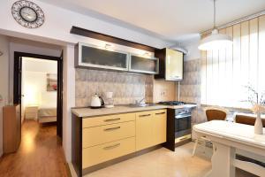 Nefertiti's Apartment, Apartments  Piatra Neamţ - big - 20