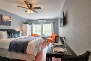 Yamhill Flats: Suite #2, Holiday homes  Newberg - big - 8
