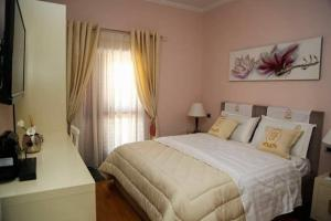 Lux de Paris, Hotel  Tirana - big - 24