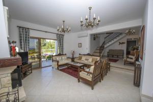 Villa Xenios Dias, Виллы  Argaka - big - 30