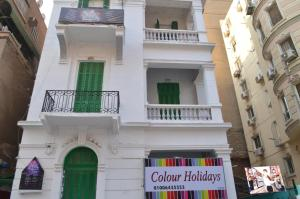 colour holidays