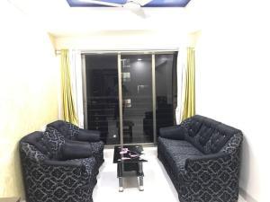 Executive Highrise - 2 Bhk Services Apartment, Апартаменты  Мумбай - big - 11