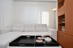 Nefertiti's Apartment, Apartments  Piatra Neamţ - big - 6