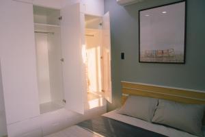 Stunning view Apartment, Apartmány  Da Nang - big - 60