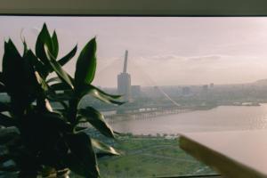 Stunning view Apartment, Apartmány  Da Nang - big - 36