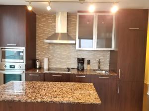 Premium Suites - Furnished Apartments Downtown Toronto, Apartmanok  Toronto - big - 87