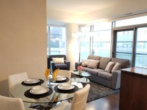 Premium Suites - Furnished Apartments Downtown Toronto, Apartmanok  Toronto - big - 51