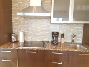Premium Suites - Furnished Apartments Downtown Toronto, Apartmanok  Toronto - big - 46