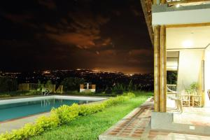 Casa Finca Villa Erika, Venkovské domy  Palestina - big - 33