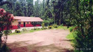 Namma Chikmagaluru NC-GSH, Проживание в семье  Attigundi - big - 50