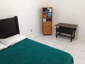 Centro de Florianopolis, Apartmanok  Florianópolis - big - 2