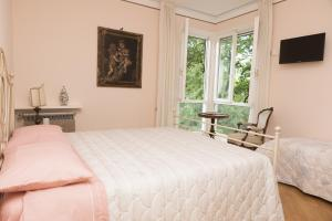 B&B l'istrice, Bed and breakfasts  Bientina - big - 2