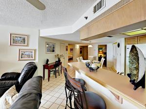 18450 Gulf Blvd Condo Unit 204 Condo, Апартаменты  Клеруотер-Бич - big - 21