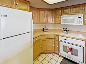 18450 Gulf Blvd Condo Unit 204 Condo, Апартаменты  Клеруотер-Бич - big - 8